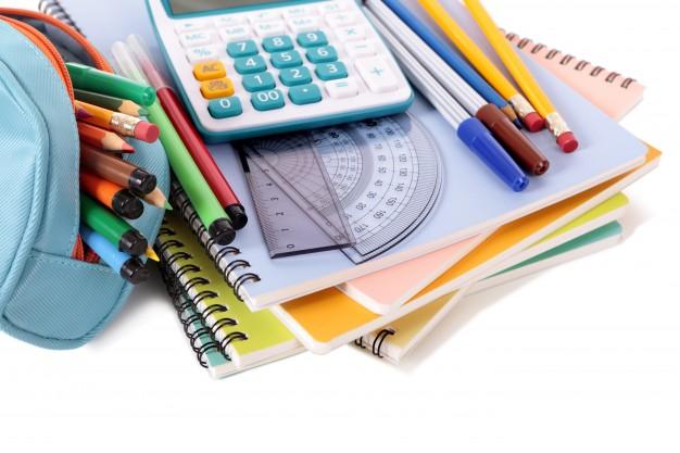 school-tools-with-calculator_1101-345
