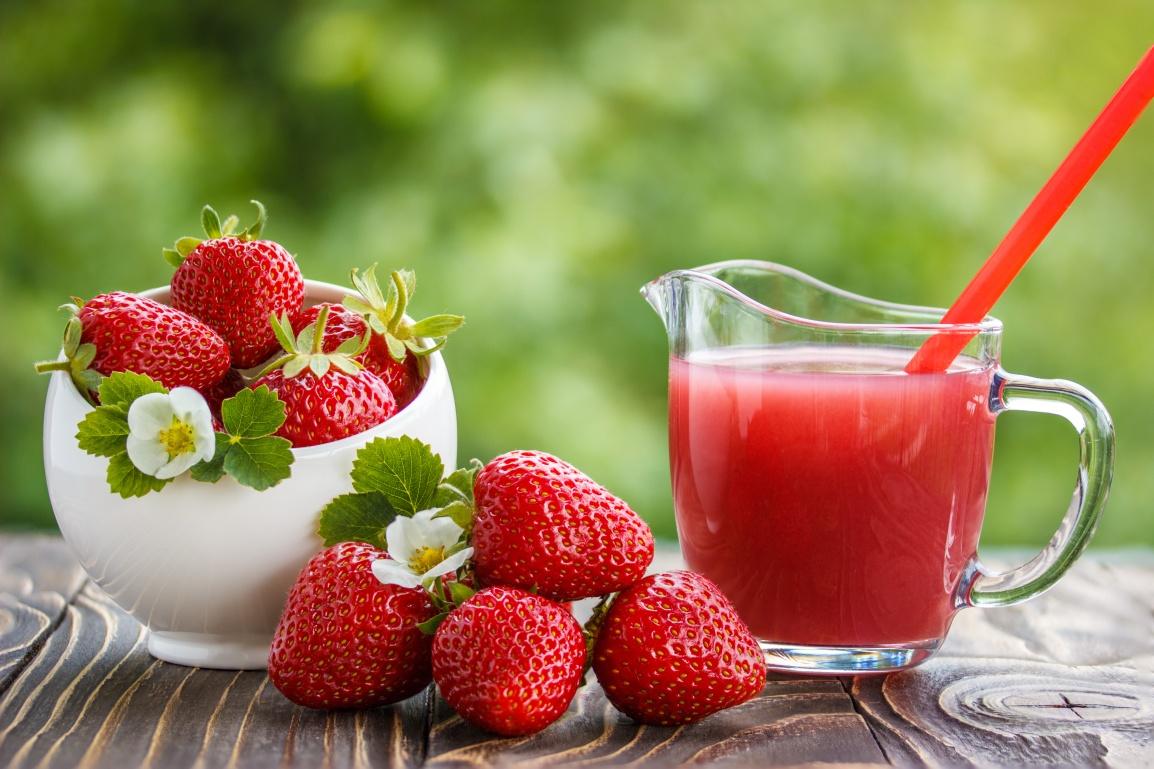 Suco de Morango com Melancia é opção saudável e refrescante para ascrianças