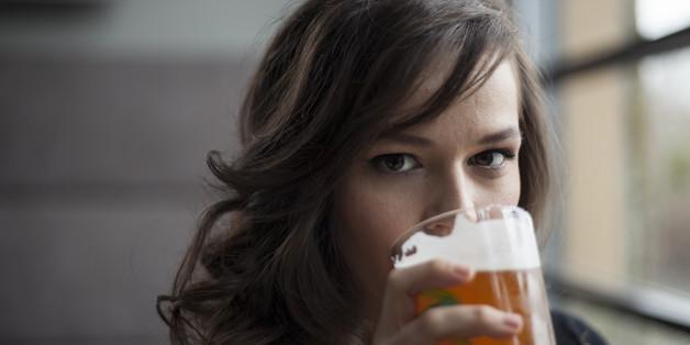 Consumo de álcool durante a amamentação interfere na produção deleite
