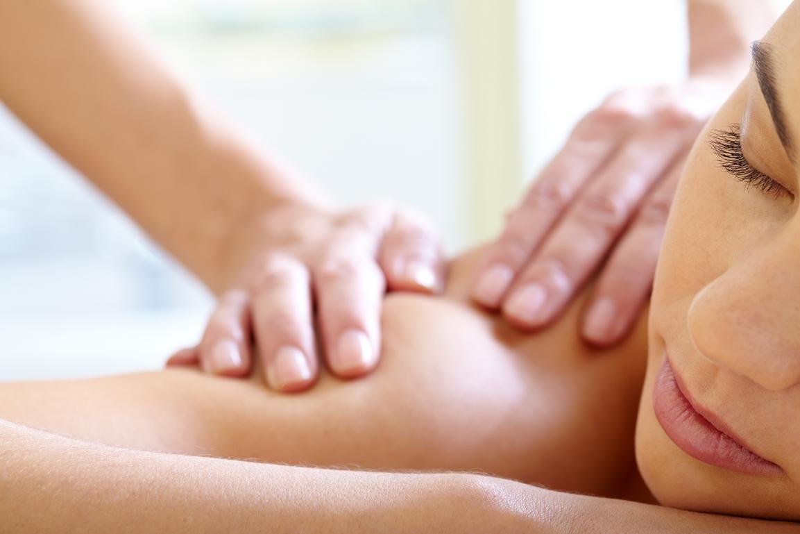 Conheça os benefícios da massagem para asgrávidas