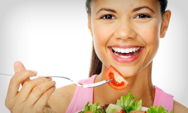 Cinco dicas de alimentação para melhorar a saúde das futuras mamães ebebês