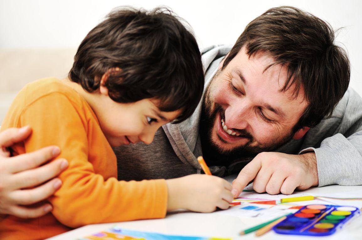 Saiba como os pais podem ajudar os filhos nosestudos