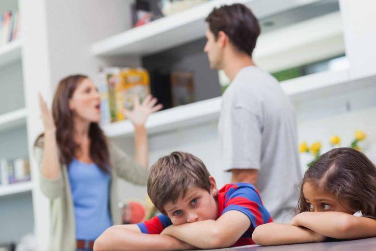 Síndrome-de-alienação-parental-na-vida-das-famílias-2-768x512